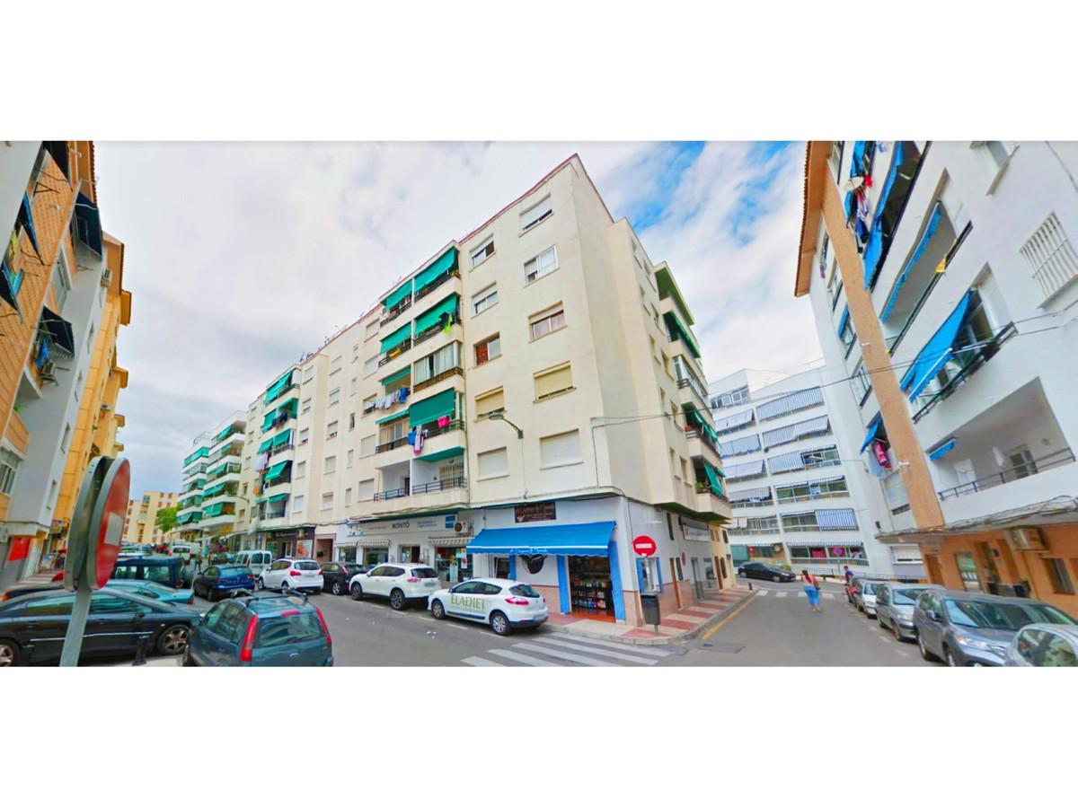 Marbella Banus Apartamento en Venta en Marbella – R3921610