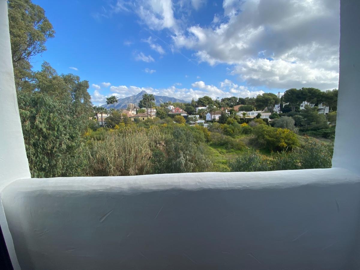 Apartamento en Venta en Nueva Andalucía – R3800587