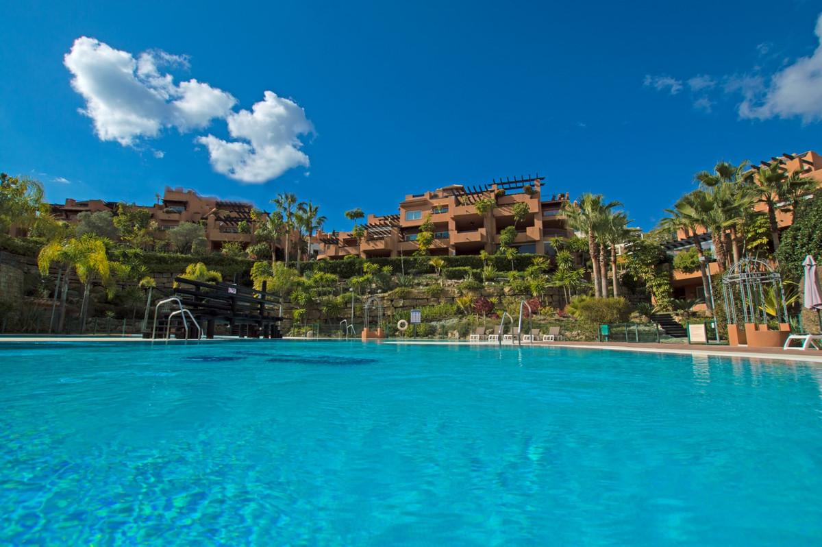 Marbella Banus Apartamento en Venta en Nueva Andalucía – R3099667