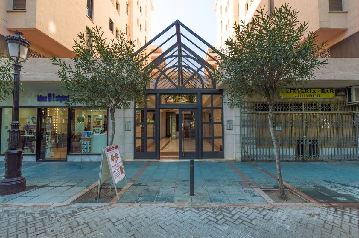 Aparcamiento a la venta en Marbella