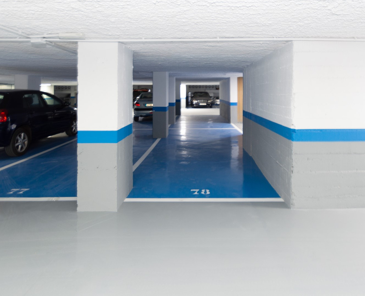 0 Bedroom Parking Space Commercial For Sale Marbella