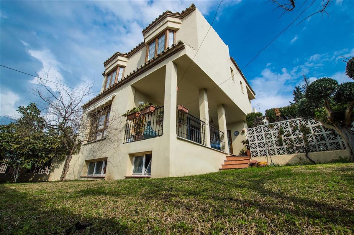 Marbella Banus Villa en Venta en Nueva Andalucía – R3121183