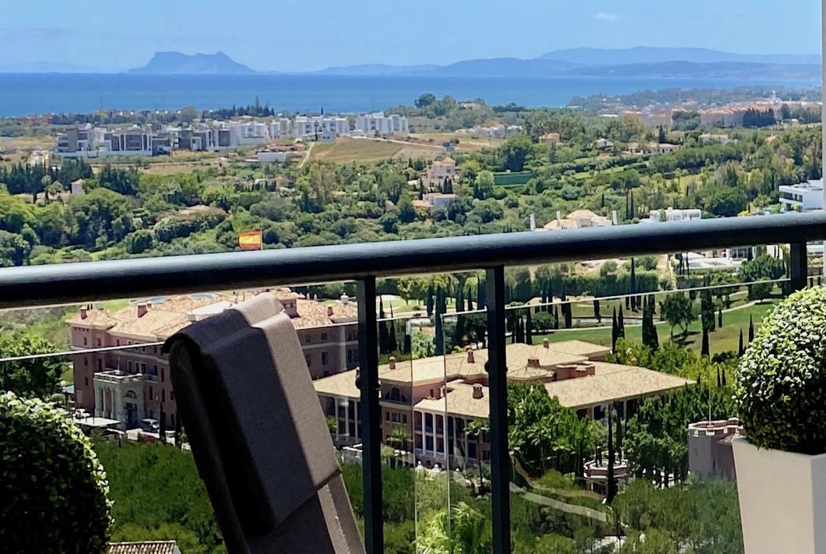 Marbella Banus Apartamento Planta Media en Venta en Los Flamingos – R3393922