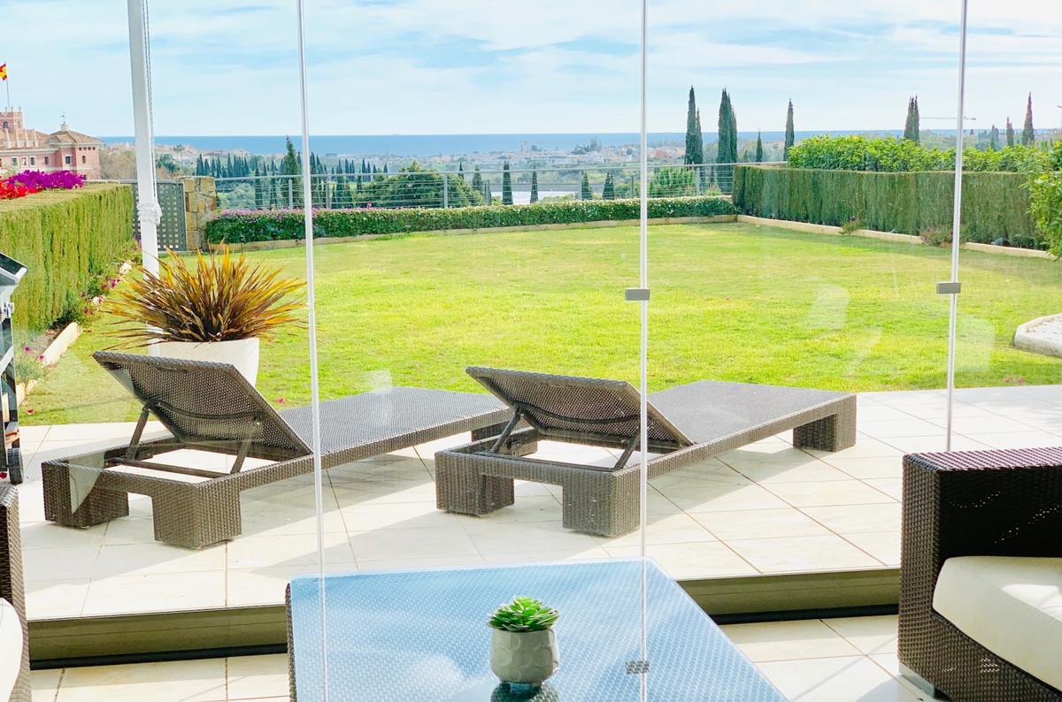 Marbella Banus Apartamento Planta Baja en Venta en Los Flamingos – R3364822