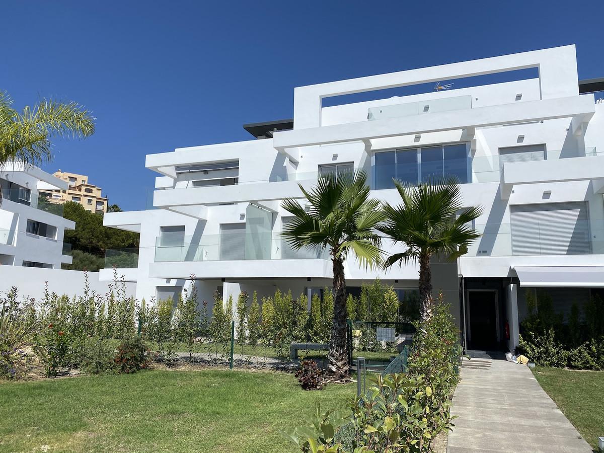 Marbella Banus Apartamento en Venta en Atalaya – R3693971