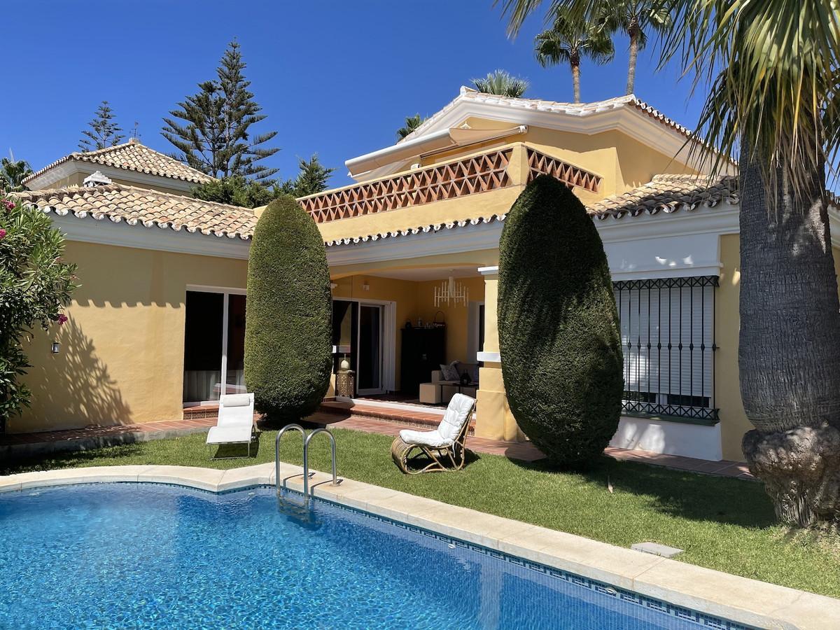 Hus in Bahía de Marbella R3918376 1