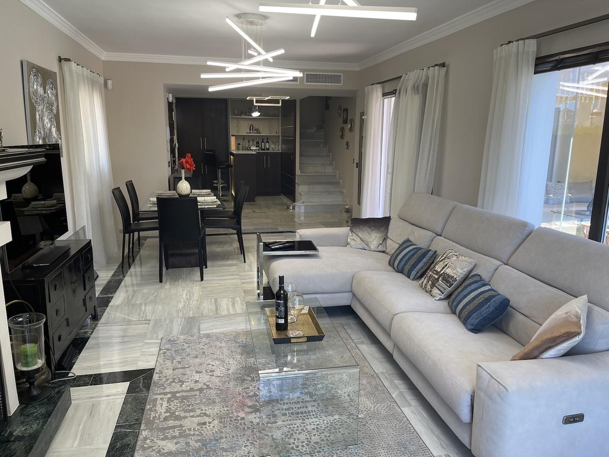 Hus in Bahía de Marbella R3918376 22