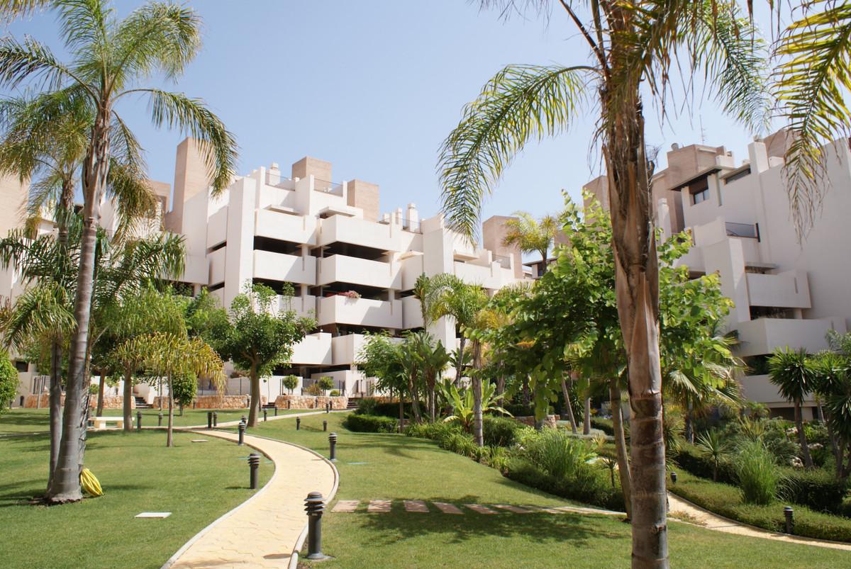 Marbella Banus Wohnung zum Verkauf in Neue Goldene Meile - R3568819