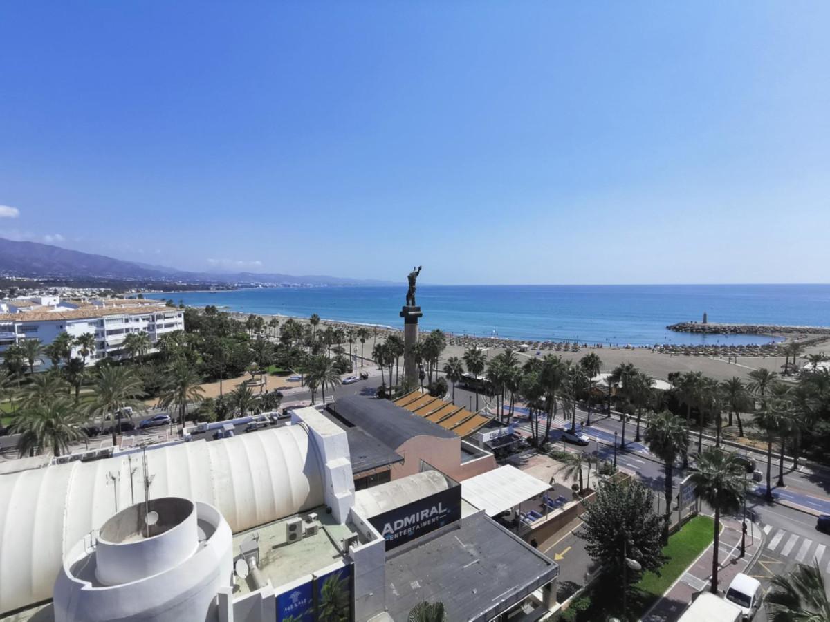 Marbella Banus Apartamento en Venta en Puerto Banús – R3507820