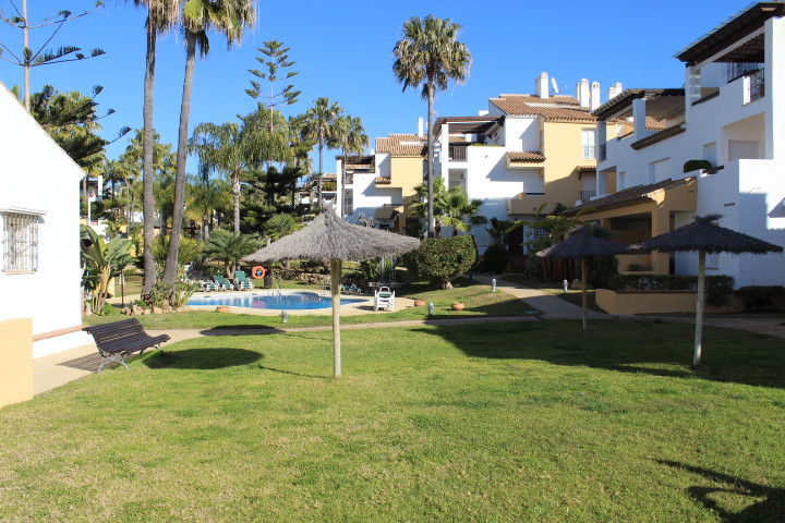 Charming apartment set in one of the best urbanizations of Marbella. Only a few minutes away from Ma, Spain