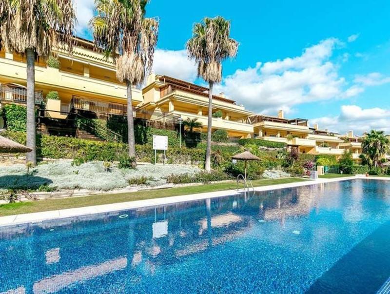 Marbella Banus Se vende Apartamento Planta Media, Sierra Blanca – R3514828
