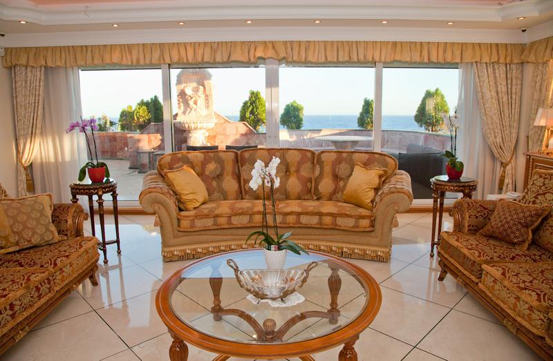 Apartamento Planta Media en venta, Puerto Banús – R3192385