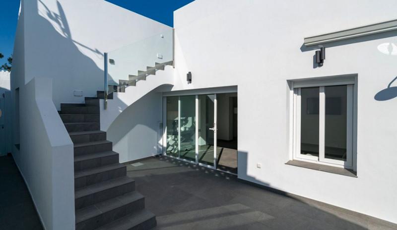 Townhouse - Estepona - R3536065 - mibgroup.es