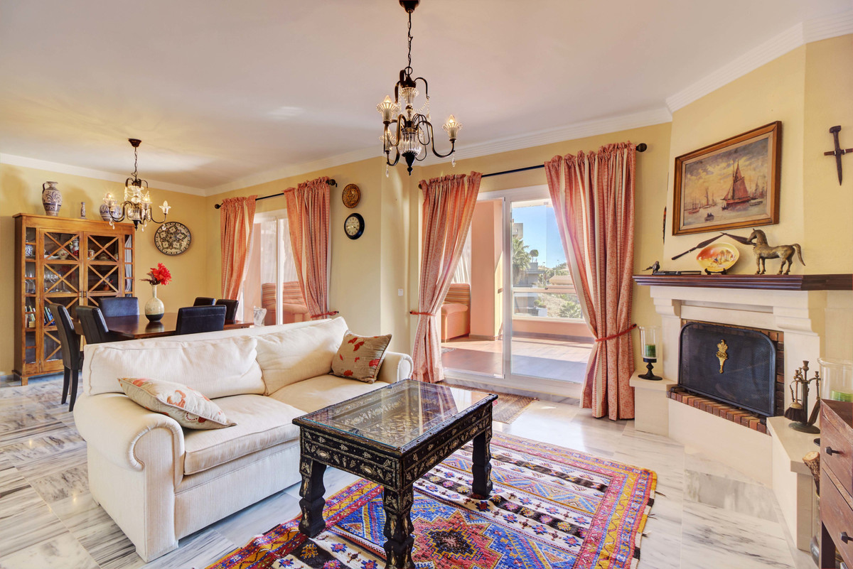 Excellent four bedroom villa with very nice garden and sea view within 150 m to the sandy beach in B,Spain