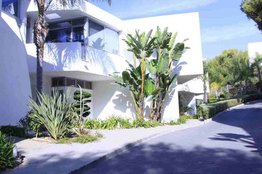Townhouse in Sierra Blanca
