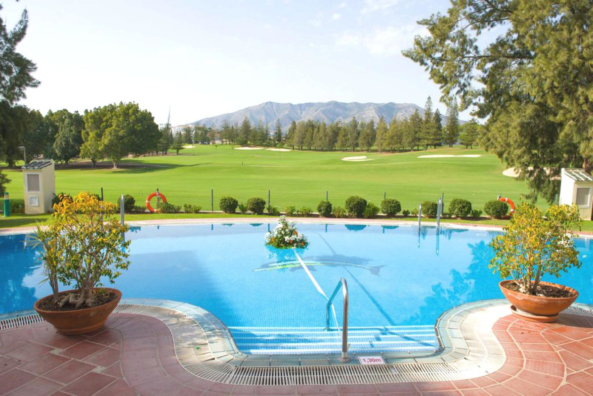Commercial in Mijas Golf