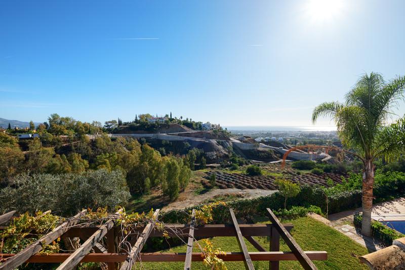 Marbella Banus Villa – Chalet, Benahavís – R3552667