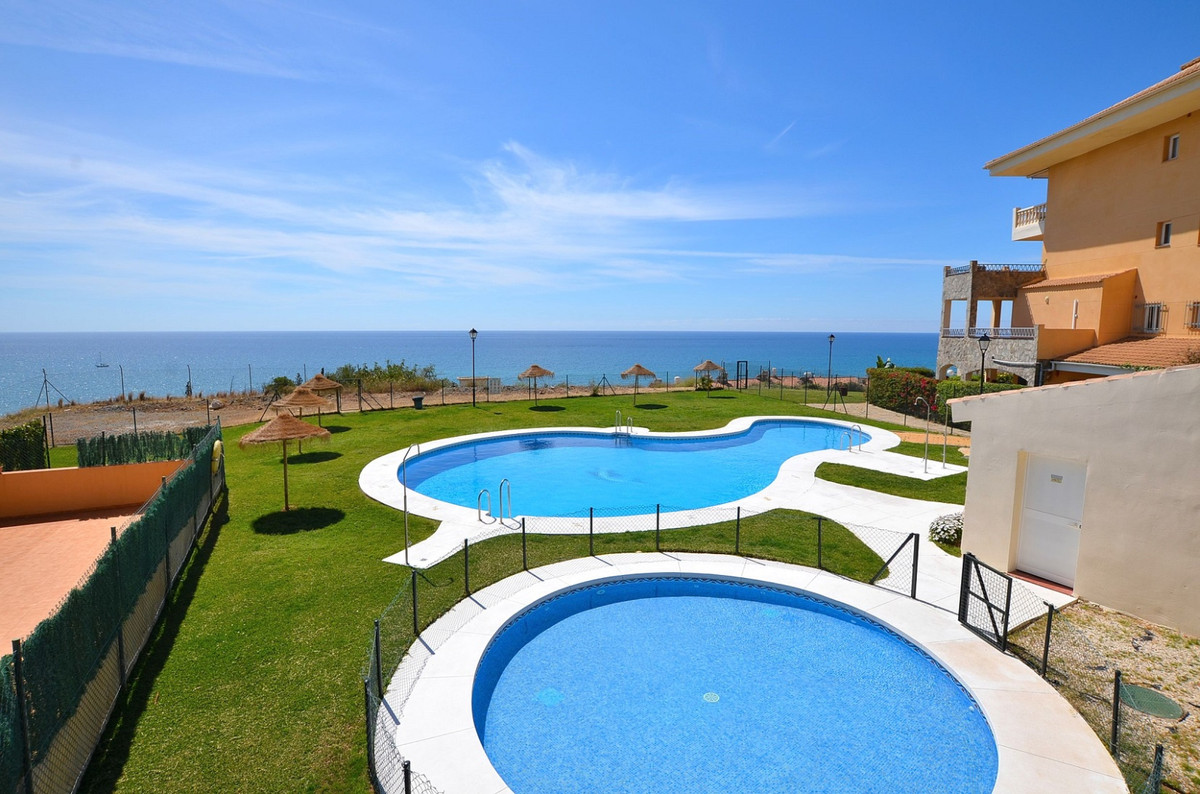 Apartment with BEAUTIFUL SEA VIEWS located in Carvajal (Fuengirola). Great location at only 600 mts ,Spain
