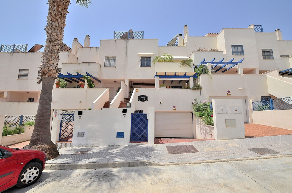 Fantastic townhouse located in Torremolinos, in a peaceful environment but at same time close to ame,Spain