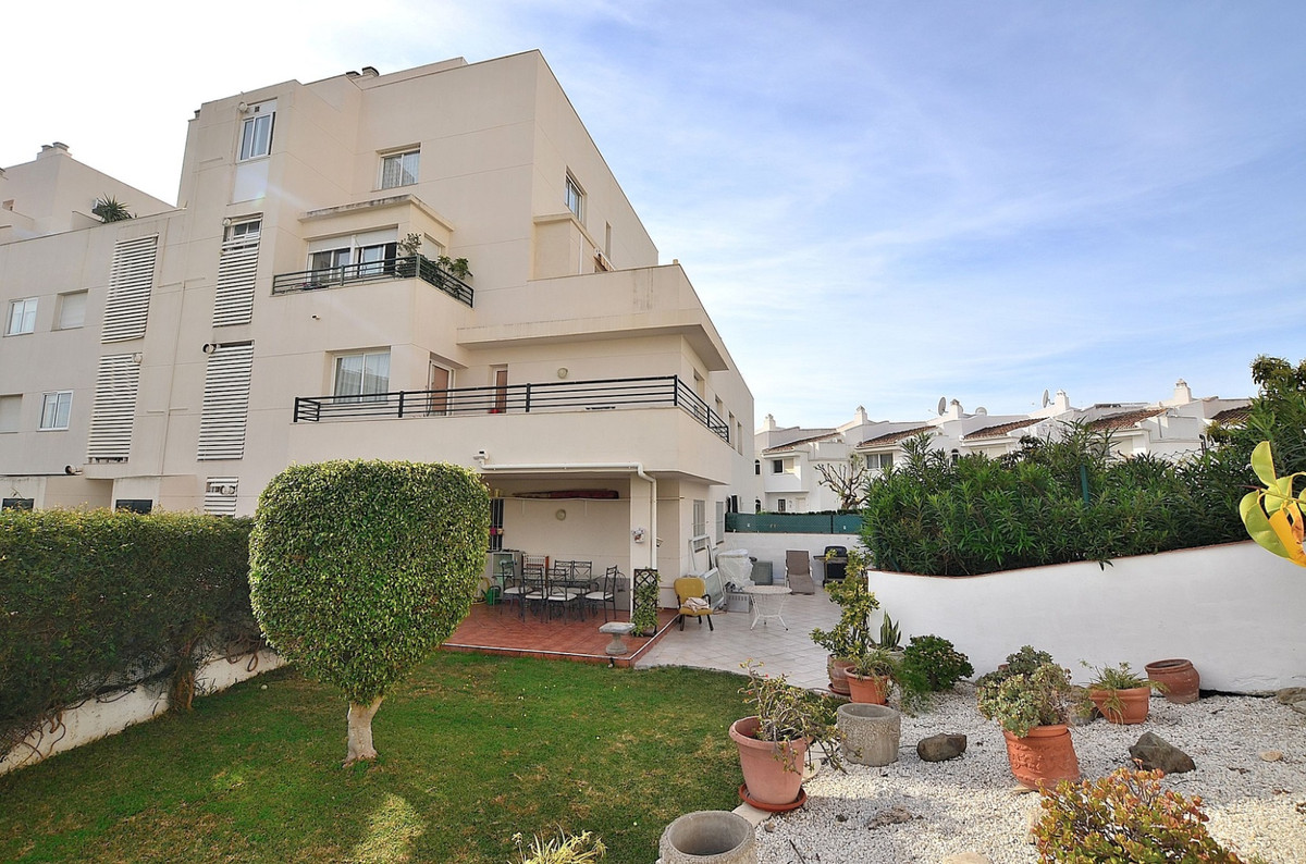 FANTASTIC APARTMENT WITH HUGE TERRACE AND PRIVATE GARDEN located in Arroyo de la Miel (Benalmadena)., Spain