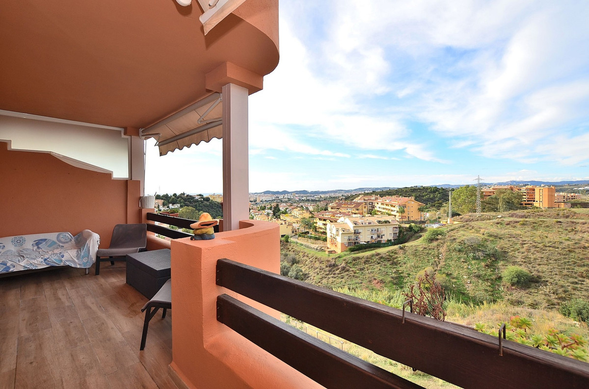 FANTASTIC APARTMENT WITH AMAZING VIEWS located in Torreblanca (Fuengirola). Beautiful gated complex , Spain