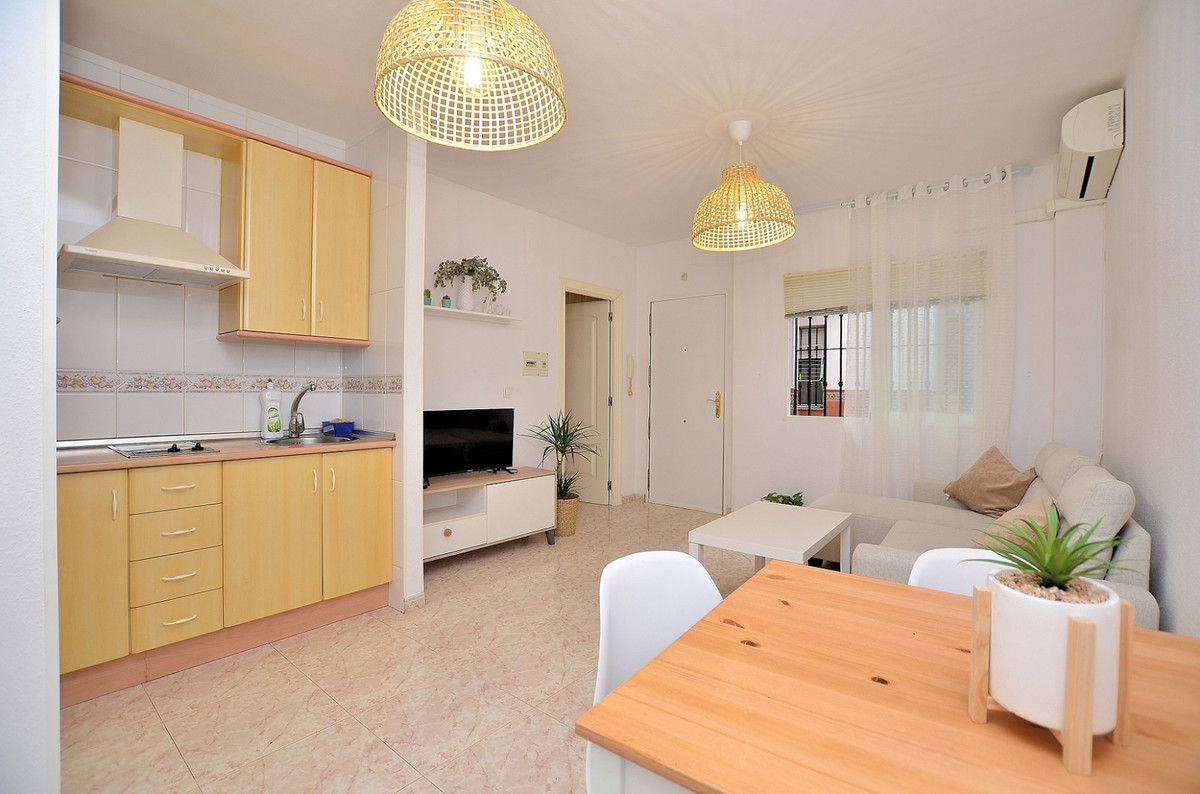 Ground Floor Apartment for sale in Los Boliches R3856330