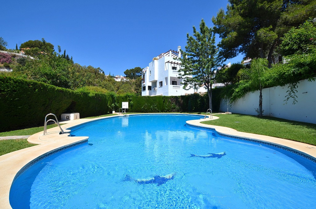 BARGAIN! NICE TOWNHOUSE in a beautiful Andalusian style complex located in Campo Mijas. 2 floors pro,Spain