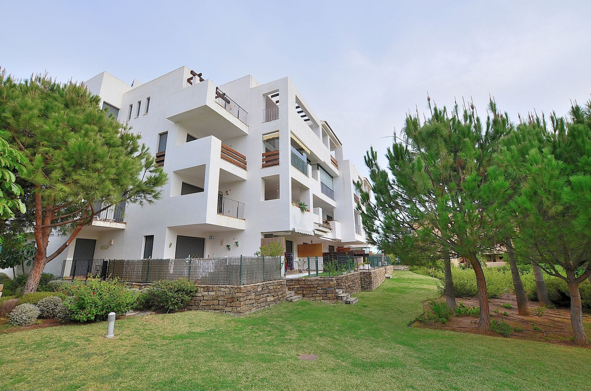 Beautiful apartment located in lower La Cala de Mijas, in a gated urbanization with 24 hours securit,Spain