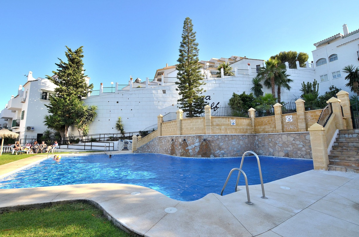 FULLY RENOVATED TOWNHOUSE located in Torrequebrada area (Benalmadena Costa), at only 300 mts from th, Spain