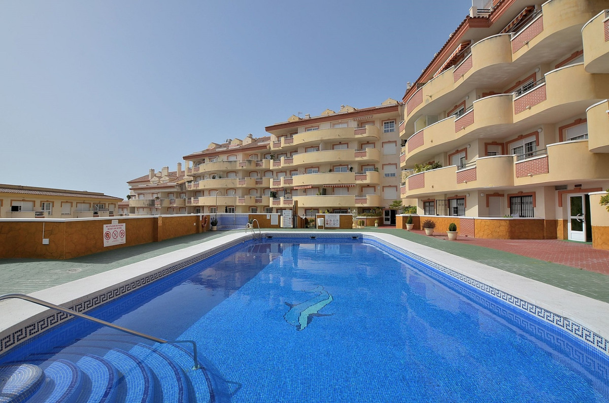 TOP FLOOR APARTMENT located in Torrequebrada (Benalmadena Costa), at only 100 mts from the beach. We,Spain