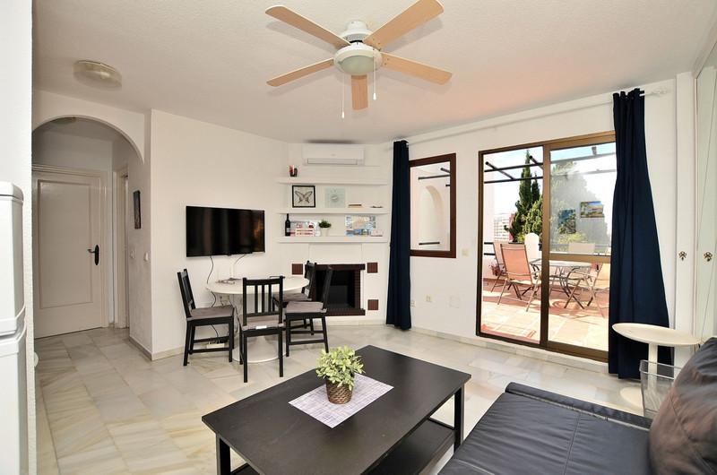 Apartamento Planta Media en venta en Benalmadena Costa – R3439204