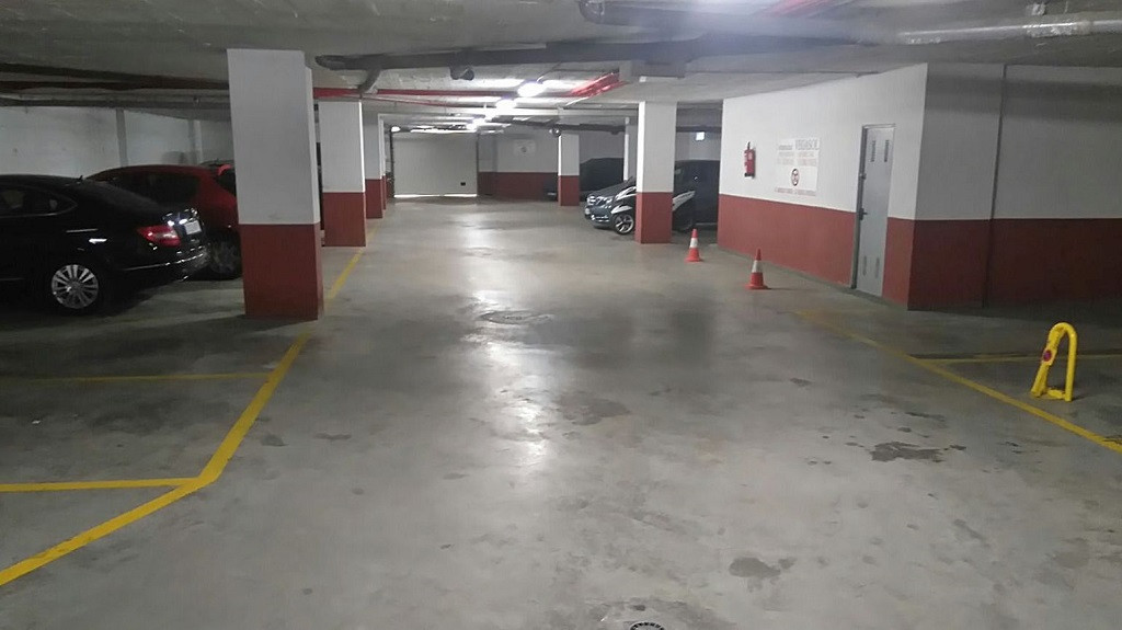 R2957135: Commercial for sale in Los Pacos
