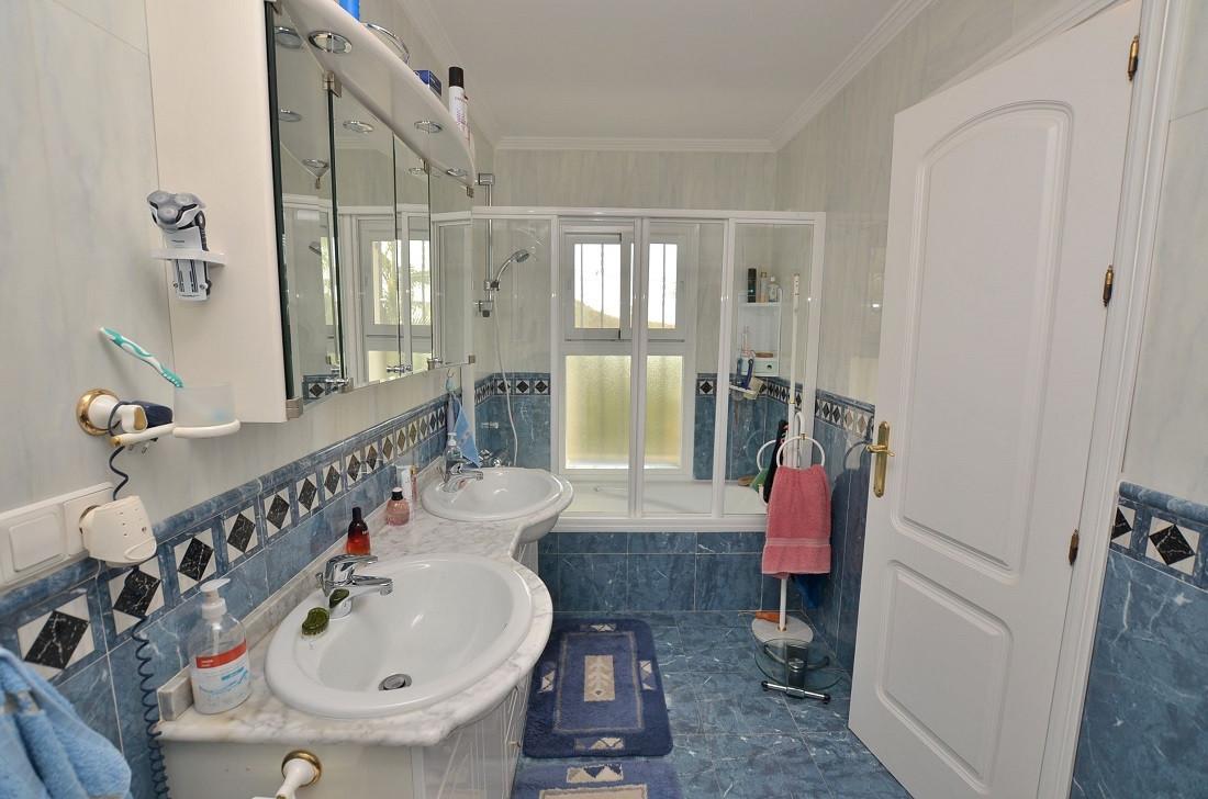 4 Dormitorio Unifamiliar en venta Mijas
