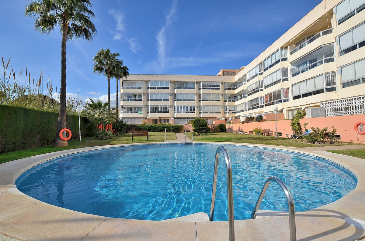 TOP FLOOR APARTMENT with WONDERFUL VIEWS located in La Carihuela. Prime location just 350 mts from t,Spain