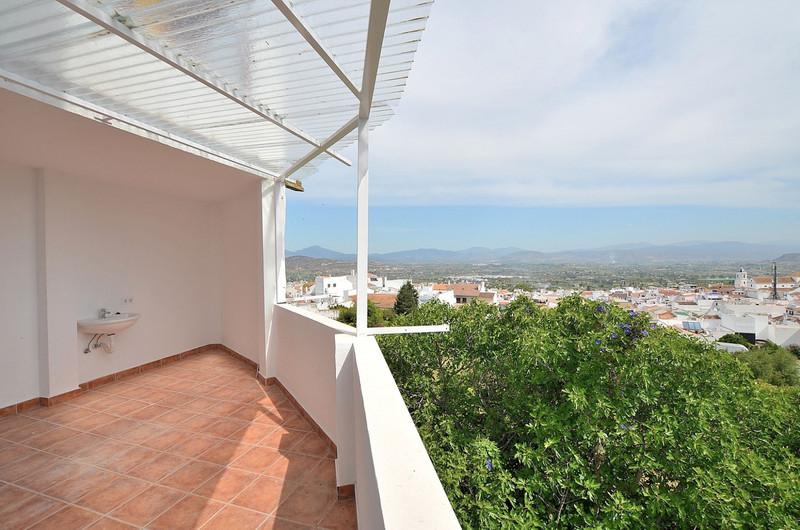 Middle Floor Apartment in Alhaurín el Grande for sale