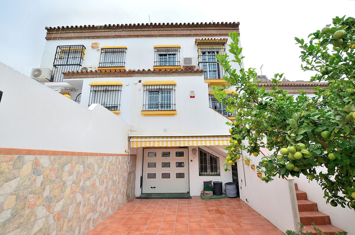 NICE TOWNHOUSE WITH LARGE TERRACES located in Benalmadena Costa, prime location next to the renowned,Spain