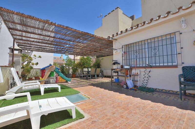 Marbella Banus Detached Villa a la venta, Fuengirola – R3415978