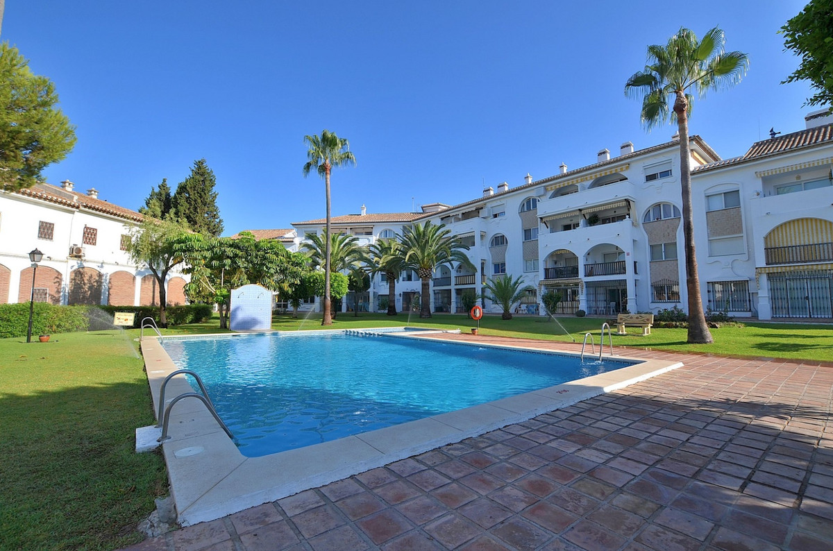 Great apartment with beautiful views located in Puebla Lucia, a prestigious urbanization in the cent, Spain