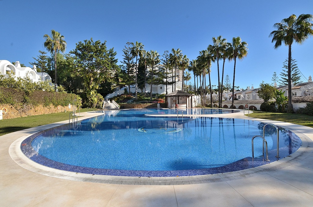 GREAT OPPORTUNITY! FANTASTIC TOWNHOUSE located in Benalmadena Costa, just 400 mts from the beach and,Spain