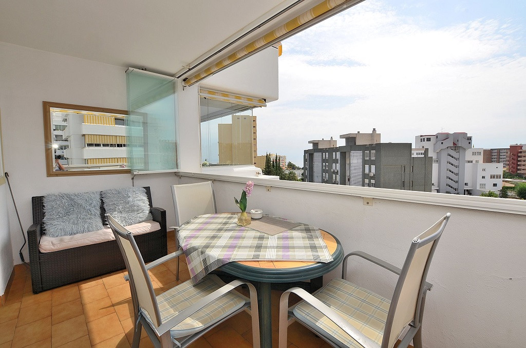WONDERFUL CORNER APARTMENT located in Benalmadena Costa, in a beautiful complex with 2 swimming pool,Spain