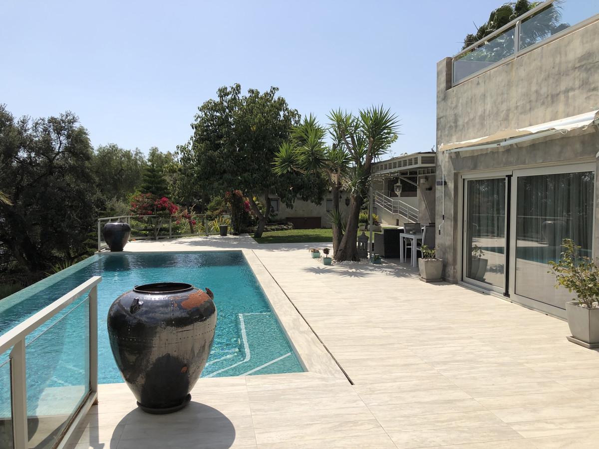 R3380986 | Detached Villa in Benahavís – € 1,240,000 – 3 beds, 3.5 baths