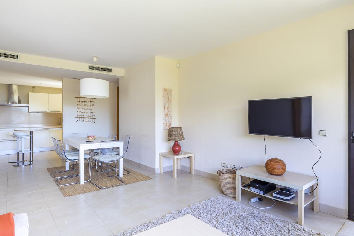 Apartamento Planta Baja en Venta en Altos de los Monteros – R3528496