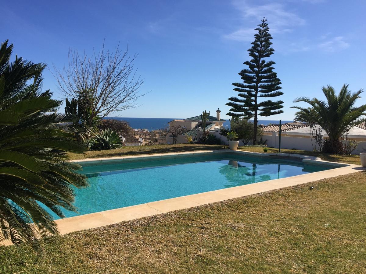 Fritliggende Villa i Torrenueva R3241537