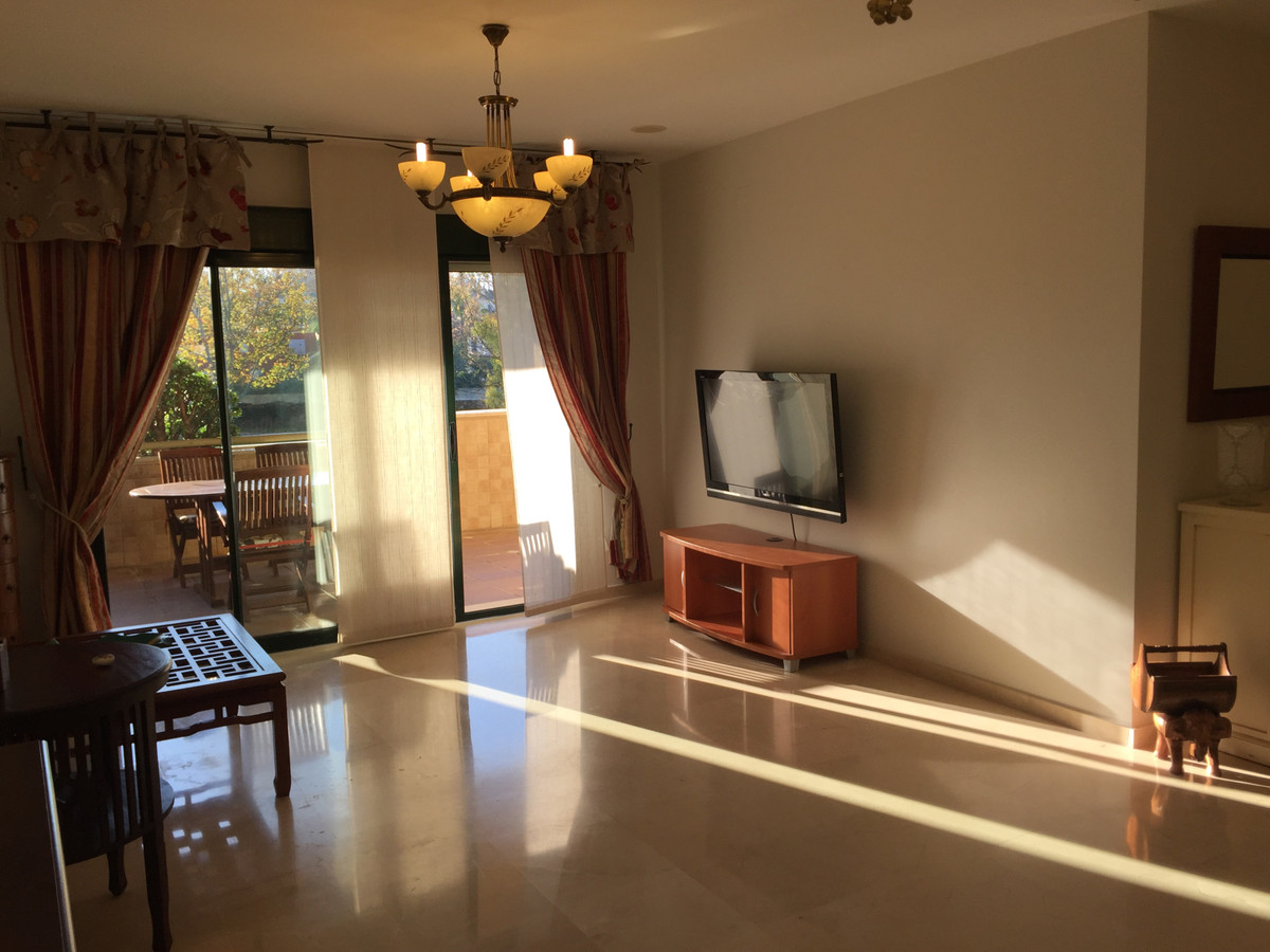 Apartment in Guadalmina Alta