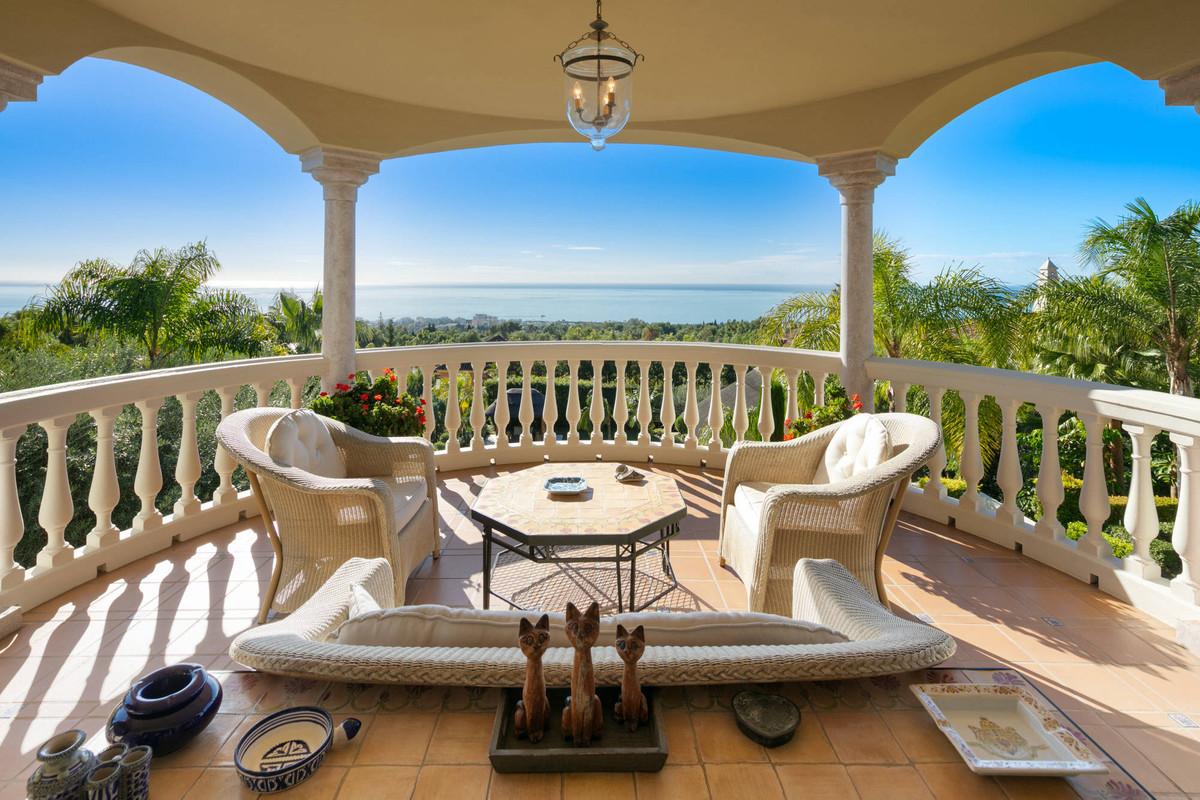 Villa - Chalet en venta en Marbella R3949012