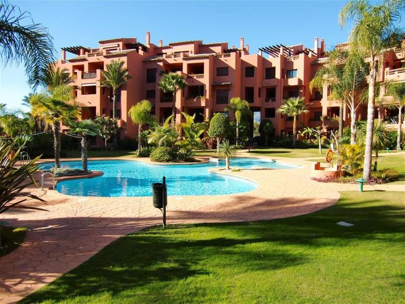 Marbella Banus Apartamento Planta Baja en venta en Marbella – R2109962