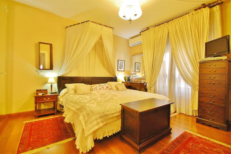 Apartamento Planta Media en venta en Marbella – R2554115