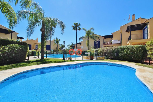 Beautiful townhouse for sale at 200 metres from the beach and less than a kilometer from Puerto Banu, Spain