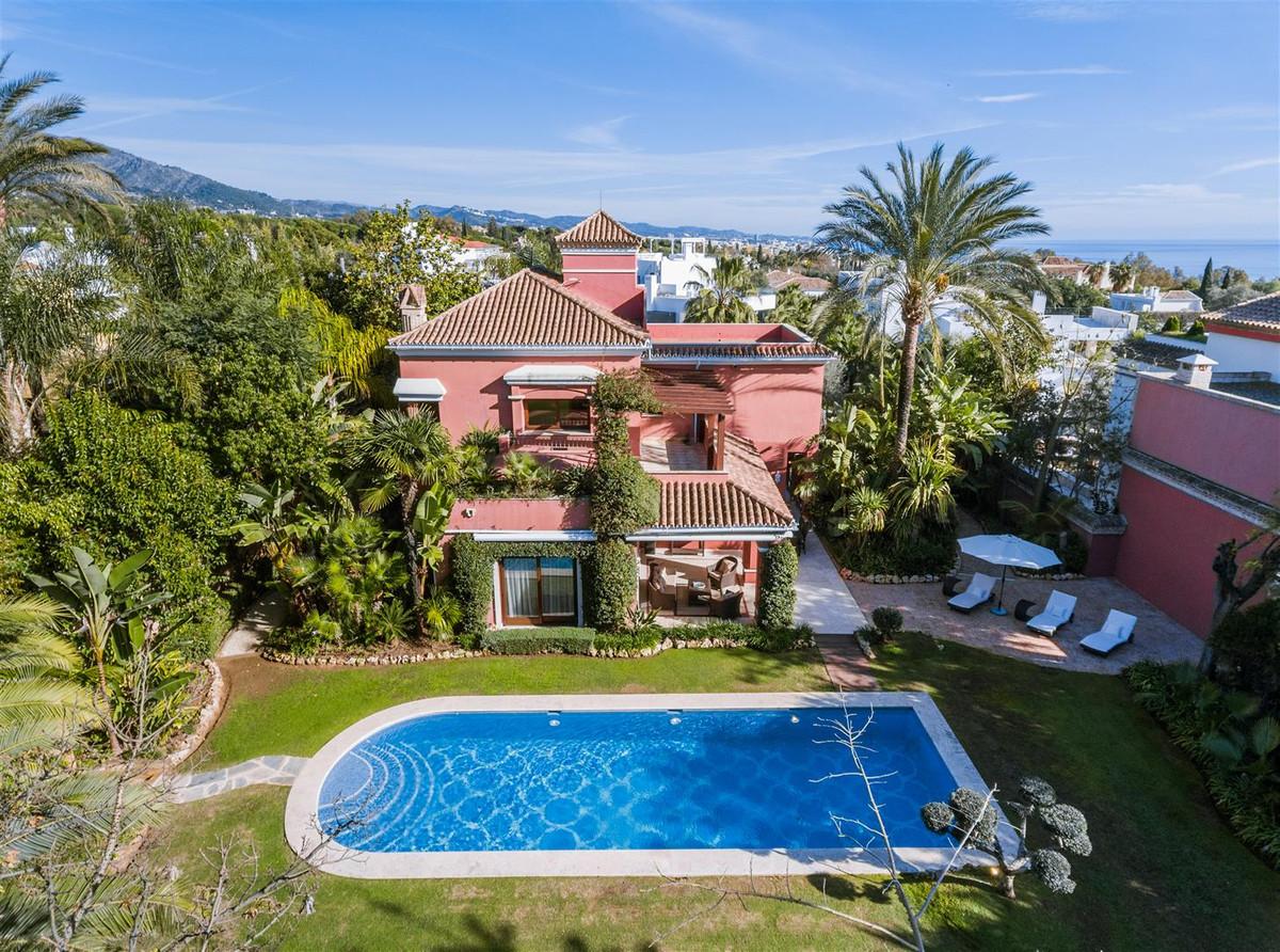 Marbella Banus Villa – Chalet en Venta en Marbella – R3181126