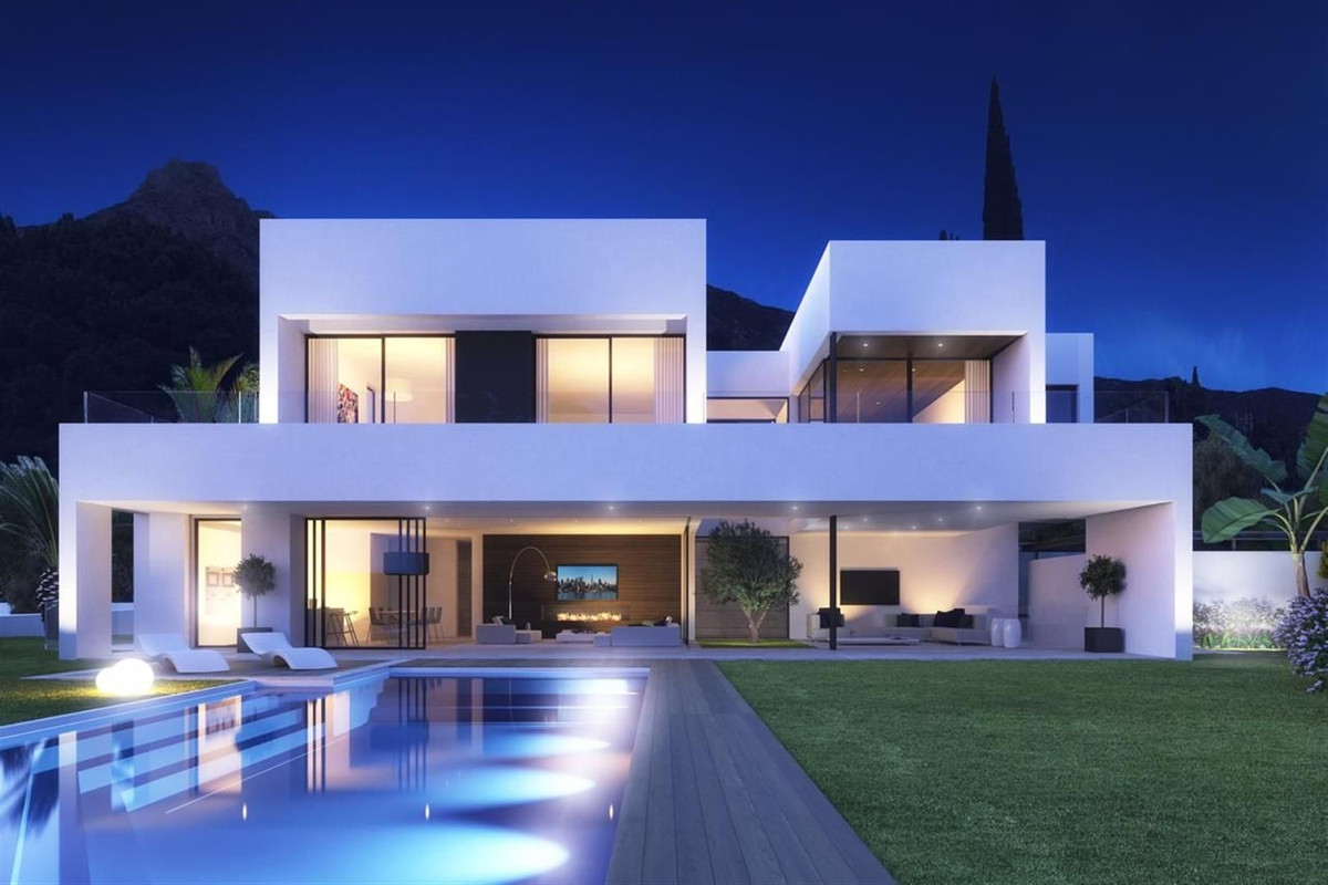 Plot for sale in Marbella Golden Mile. The owner has applied for the license and should be granted s,Spain